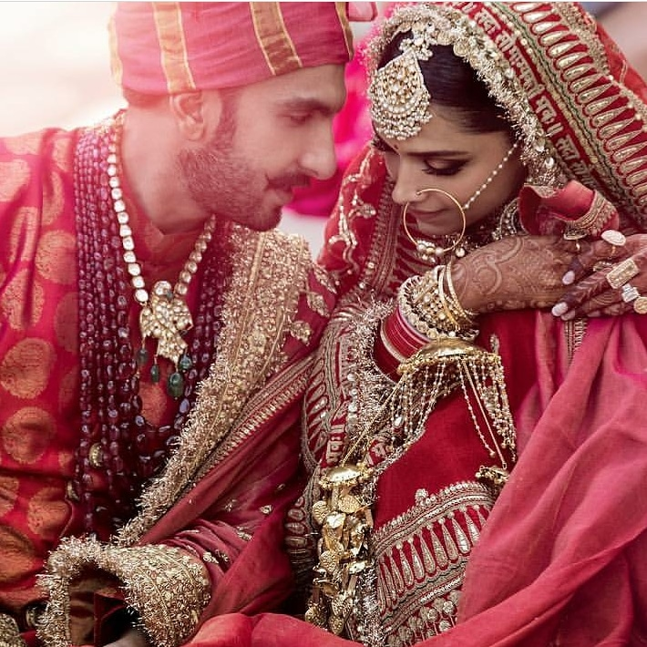 And.. Deepika and Ranveer are a Married Couple Now! Congratulations!