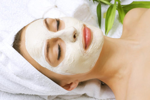 10 Homemade Face Packs for Glowing Skin