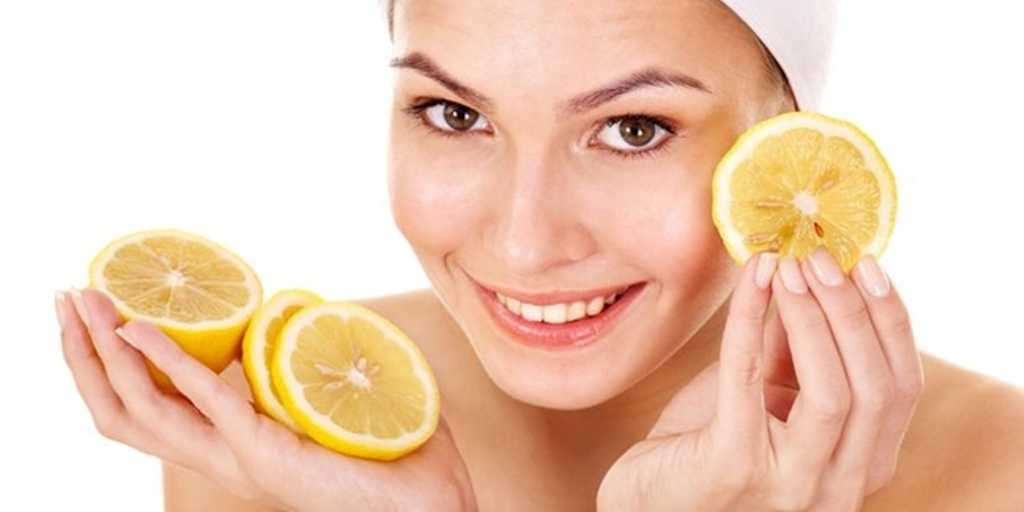 10 Simple and Easy Lemon Face Masks for All Skin Problems